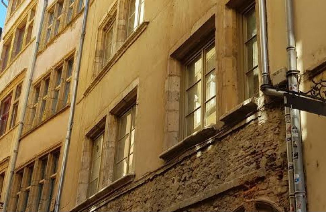Rue Saint Georges - 1